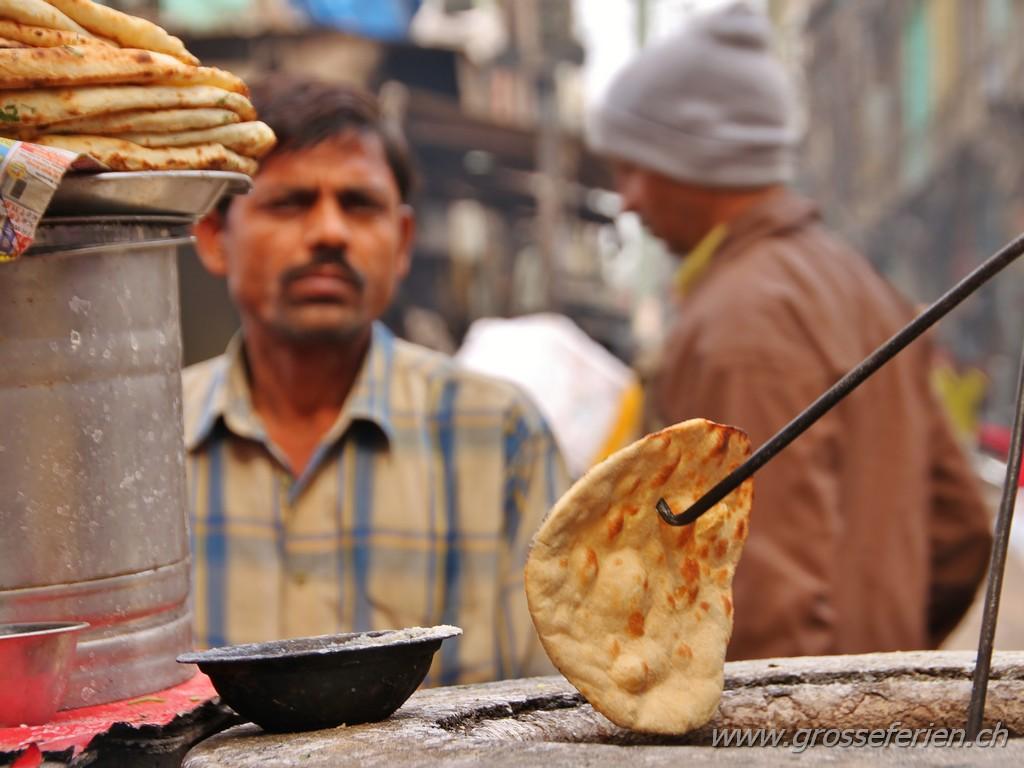 India, Delhi, Chapati
