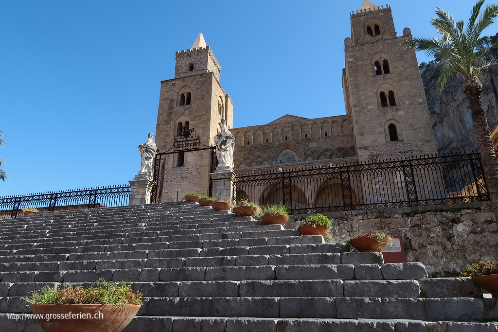 Italy, Sicily, Cefalu, Church