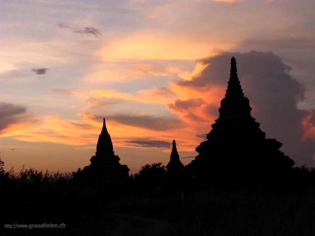 Myanmar, Bagan, Payas